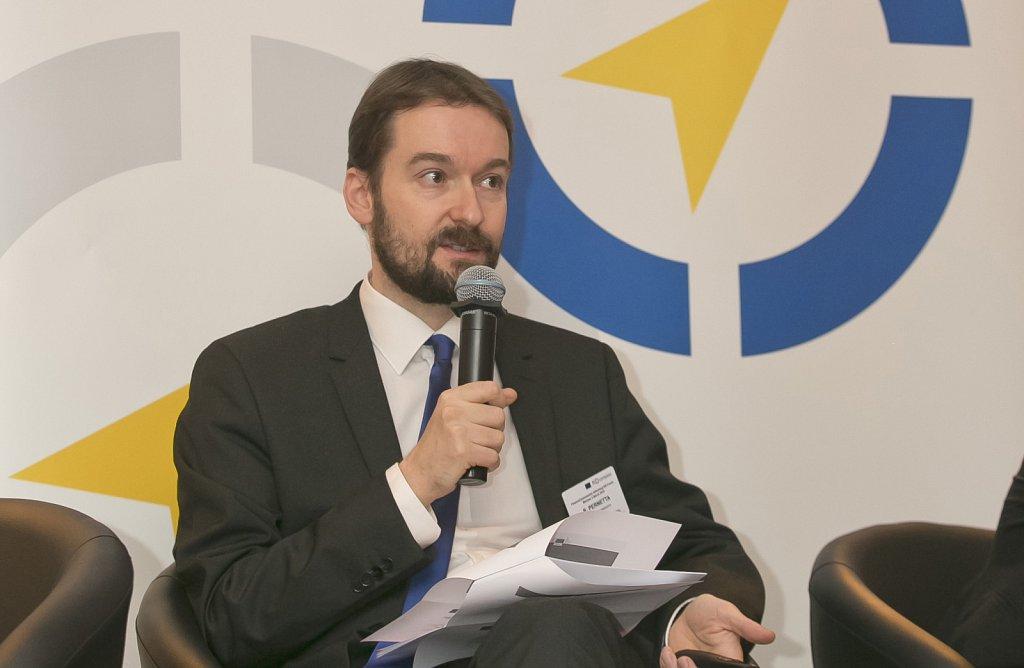 Robert Pernetta