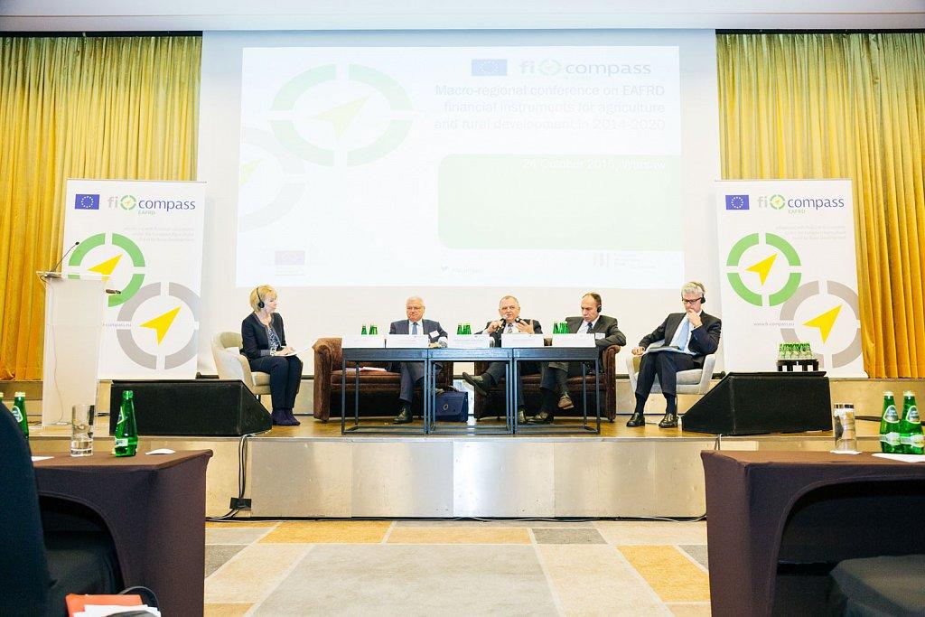 Cathy Smith, Jerzy Plewa, Ryszard Zarudzki, Luca Lazzaroli, and Hubert Cottogni