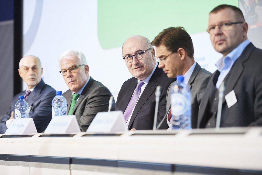Mr Pier Luigi Gilibert, Mr Pim van Ballekom, Mr Phil Hogan, Mr Jyrki Katainen, Mr Gabriel Csicsai