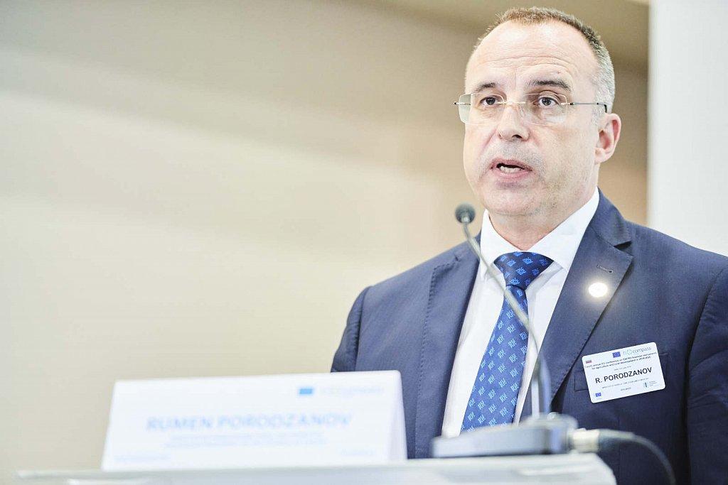 Mr Rumen Porodzanov